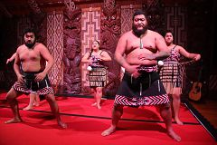 Waitangi Treaty Grounds Maori Cultural Performance 2016 July 31 (40)