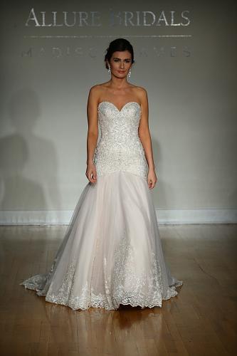 Allure Bridals FW16 Cam1 0108