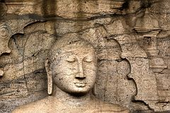 Полоннарува. Цейлон. Будда медитирующий. Polonnaruwa. Ceylon. Buddha meditating DSC2279 b