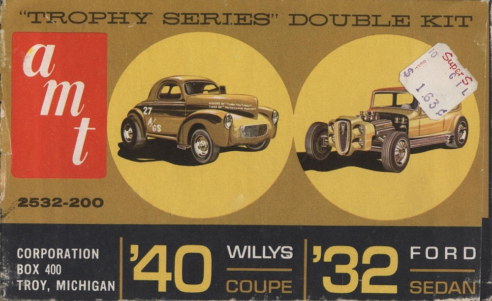 Photo 005 Amt 40 Willys Coupe 32 Ford Sedan Double