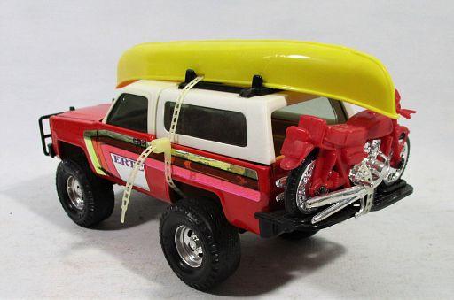 Ertl-Chevy Blazer-Boat-Cycle_3645-LR.JPG