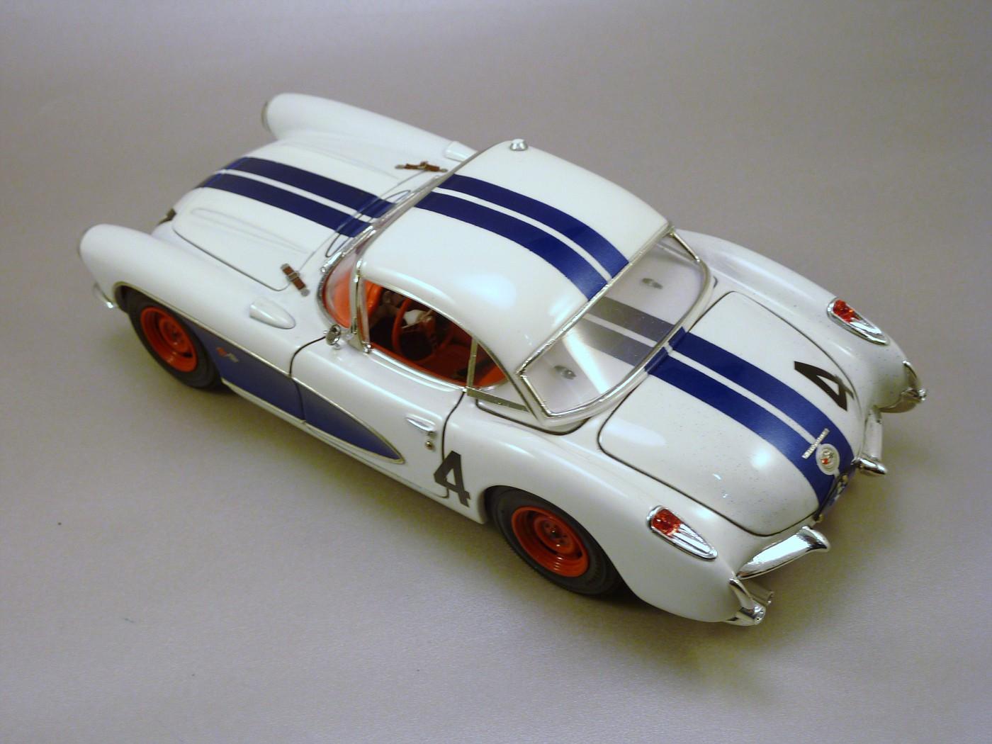 Corvette Sebring 57 terminée  RvetteSebring57DickThompson013-vi