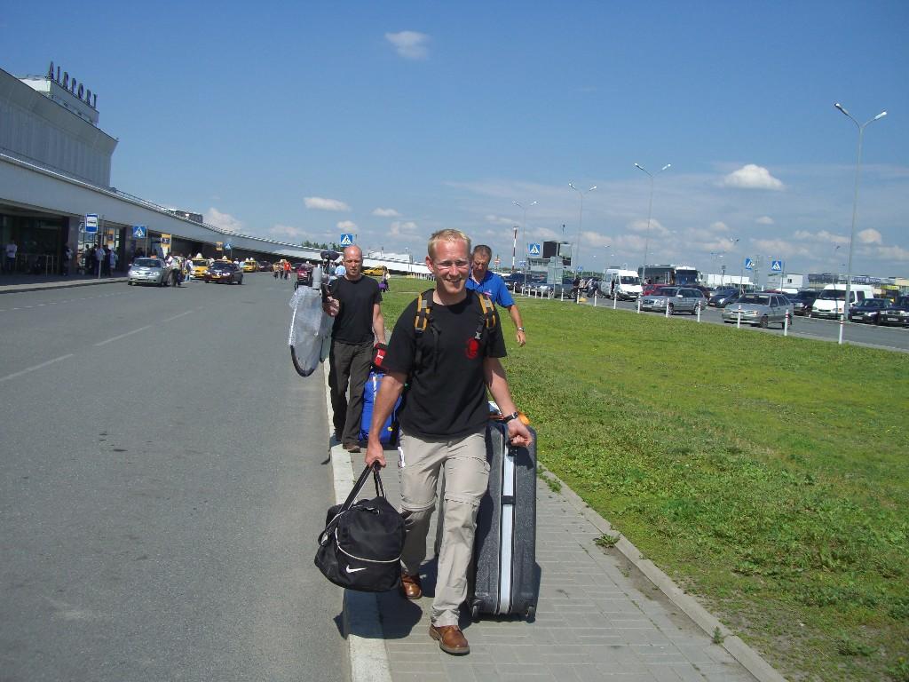 Tom, Michael & Norbert am Flughafen Pulkovo