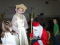 Children recite poems to Ded Moroz