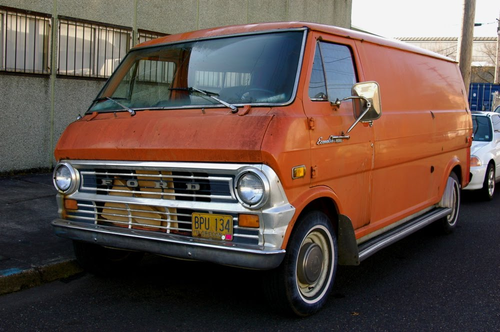 1973 Ford Econoline 200 Super Van