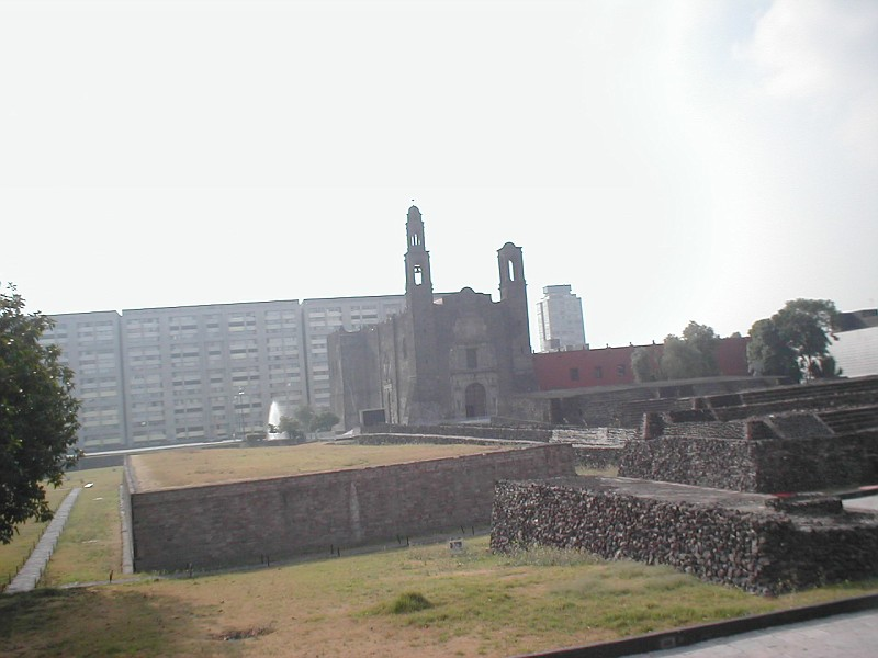 Мехико, площадь трех культур