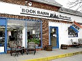 NIANTIC - BOOK BARN