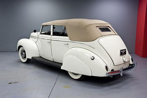 Photo 1939 ford convertible 4 door sedan 1g 1939 1940 for 1942 ford 4 door
