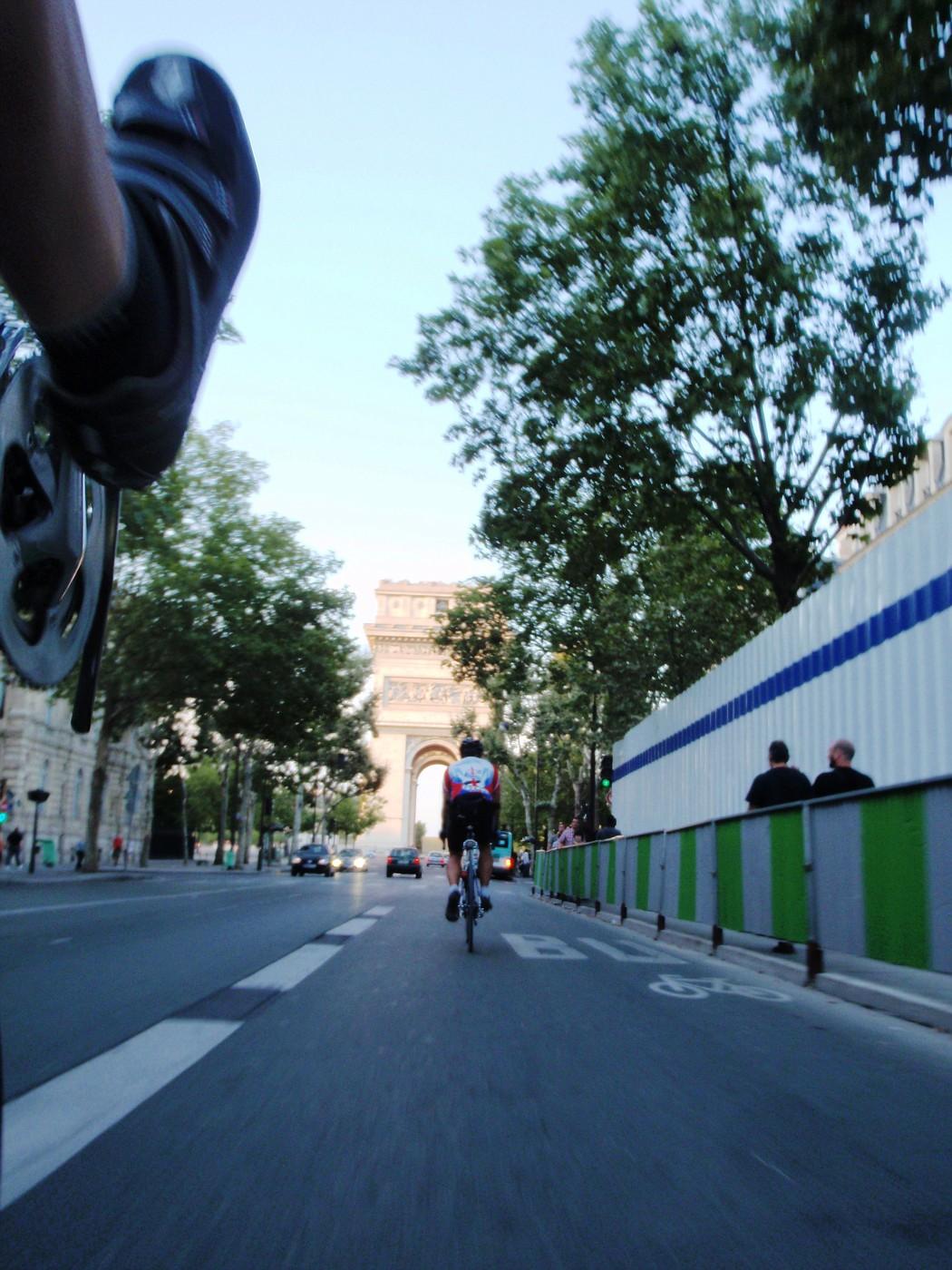 Route de l'Arc de Triomphe