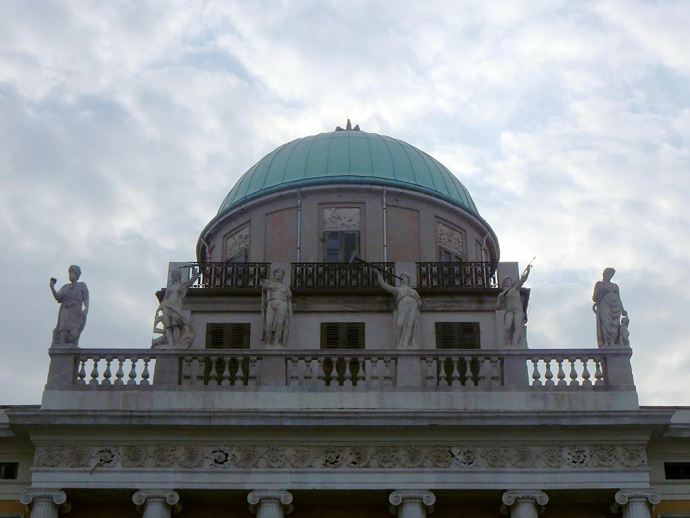 Particolare del Palazzo Carciotti