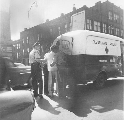 OH - Cleveland 1950s prisoner van