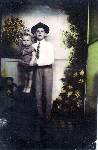 2-Uncle Del and Anos Laxton