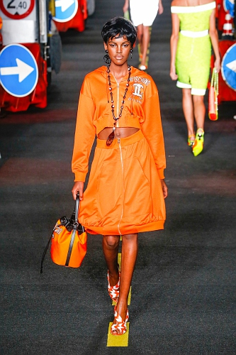 Moschino SS16 MIL 025