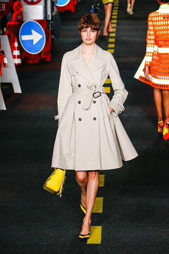 Moschino SS16 MIL 050