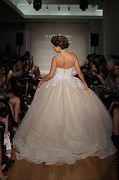 Allure Bridals F17 0033