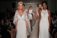 Allure Bridals F17 2681