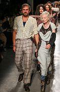 Andreas-Kronthaler-for-Vivienne-Westwood PAR SS17 128