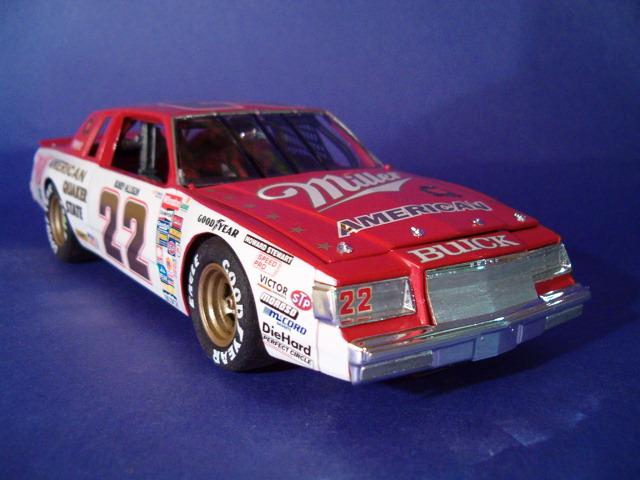 Buick Regal 1985 #22 Bobby Allison Miller American HPIM4624-vi