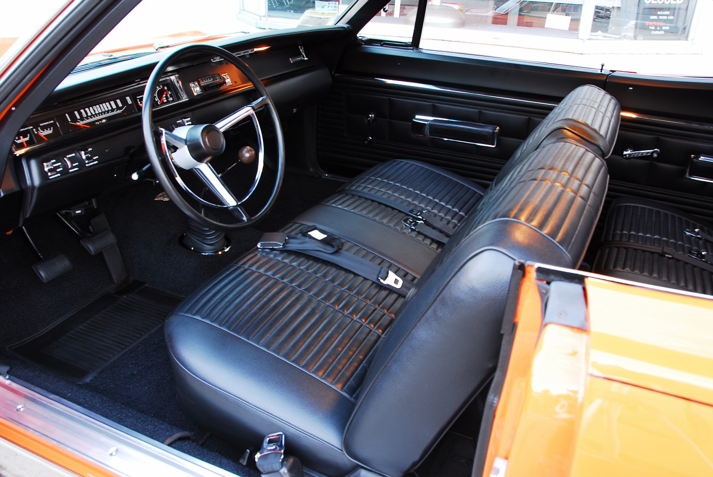 Vintage Muscle Car Test: Motor Trend Wrings Out the 383 ...   1968 Plymouth Road Runner Interior