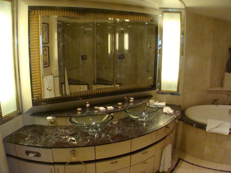 Royal Suite BR