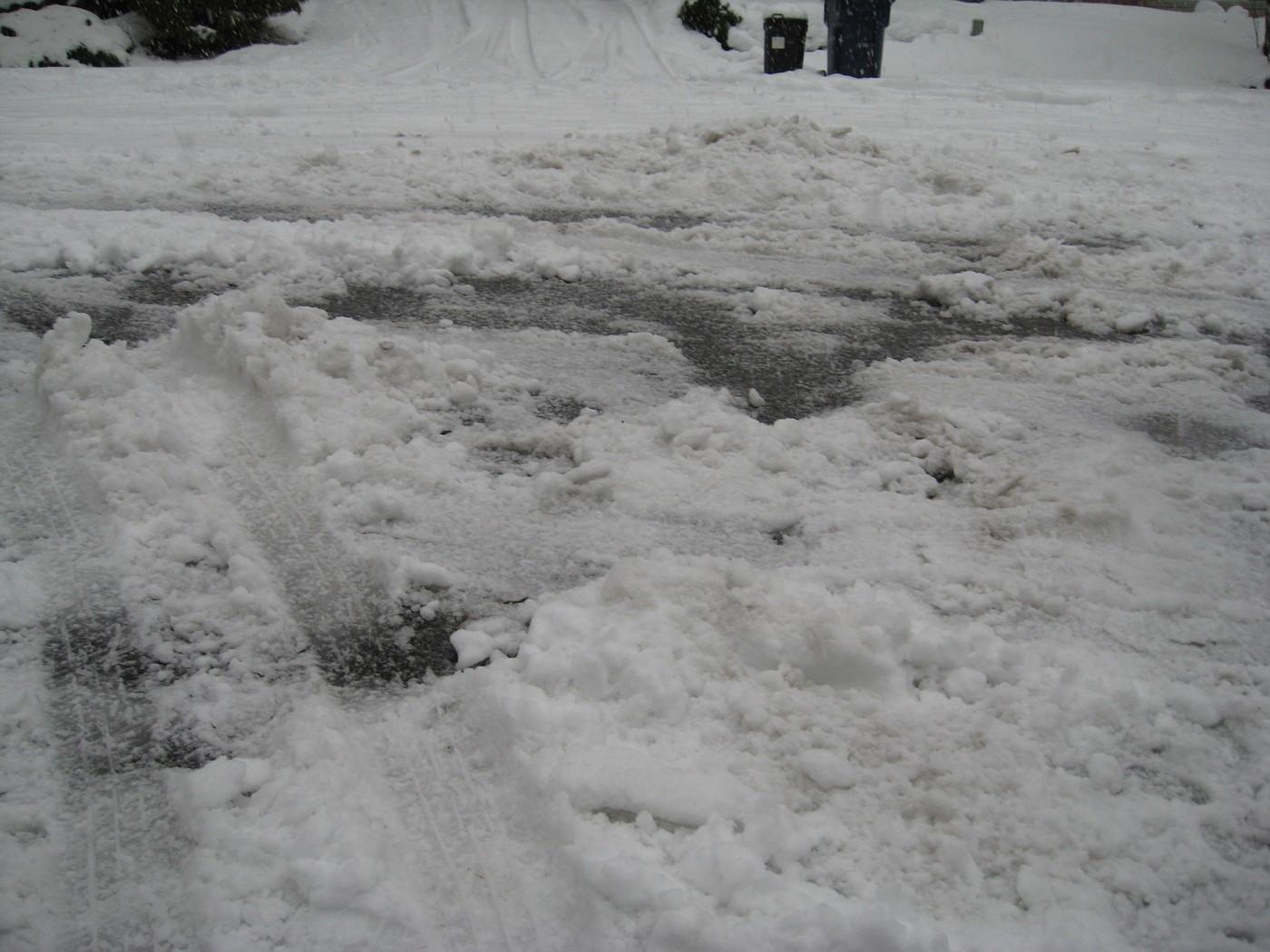 Snow traces