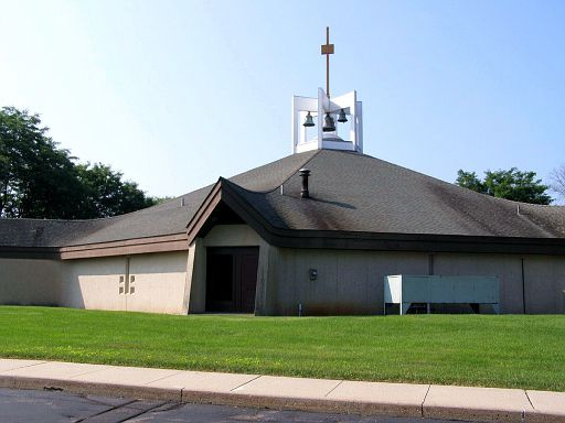 GRANBY - ST THERESE CHURCH - 02.jpg